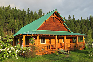 Loghouse-Guest-Lodge2