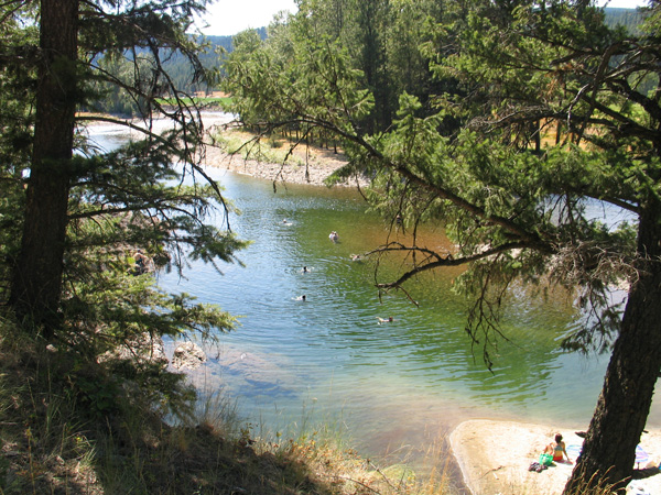 swimming hole in the KEttle River